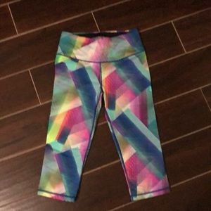 Victoria's Secret Pants & Jumpsuits - VSX Victoria's Secret Knockout Crop Legging sz S